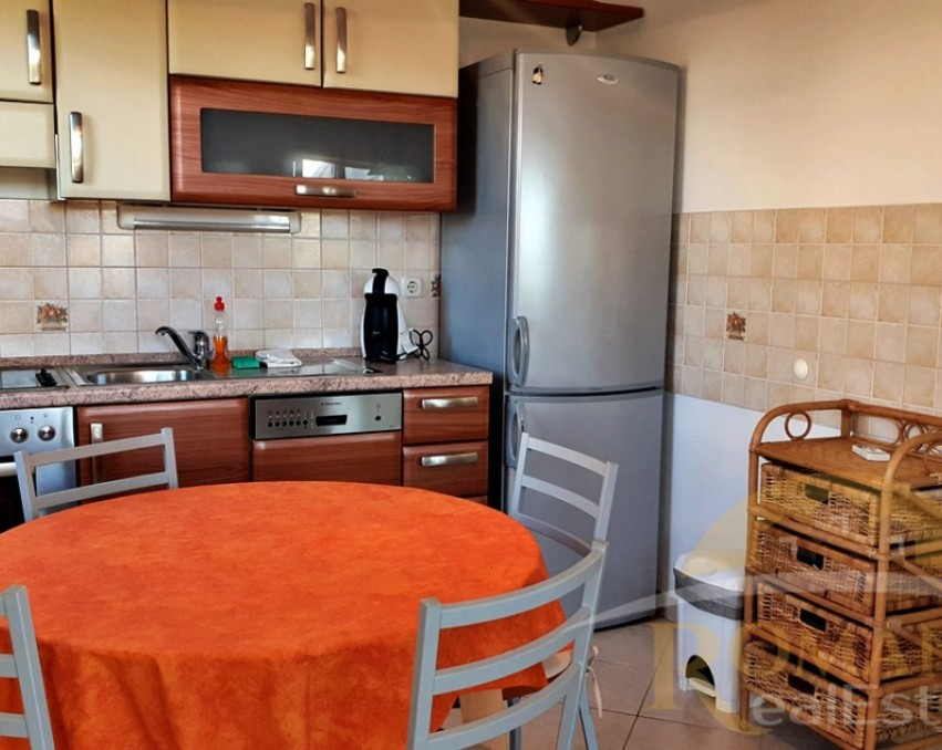 One bedroom apartment | Primosten | For sale