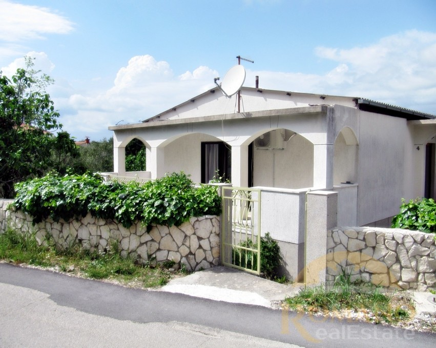 House on Ciovo for sale | Okrug Donji