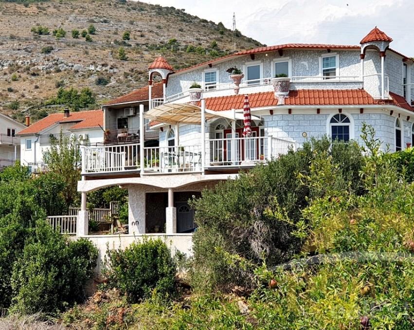 Prodaje se kuća u Segetu Donjem