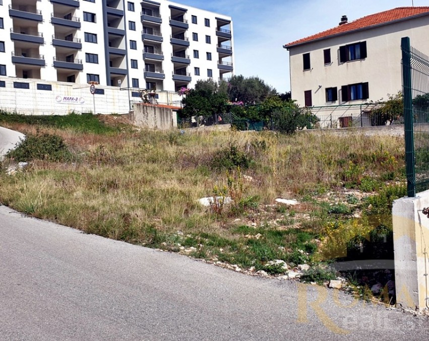 Building plot in Seget Donji - 762 m2