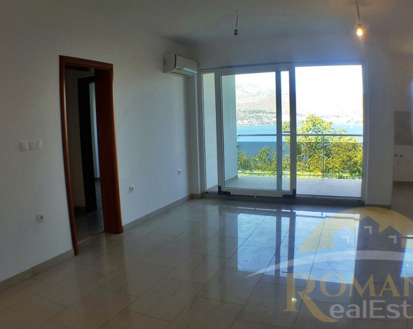 Apartment in Okrug Donji | Ciovo | First floor